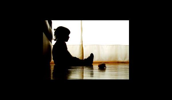 little-girls-silhouette-1080505-m